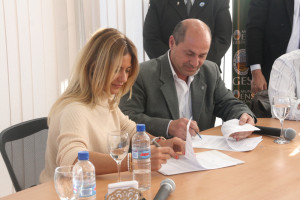 firma-convenio-nora-de-lucia