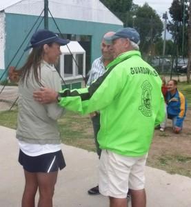 Noelia Petti con el Intedente y Director de Deporte Municipal